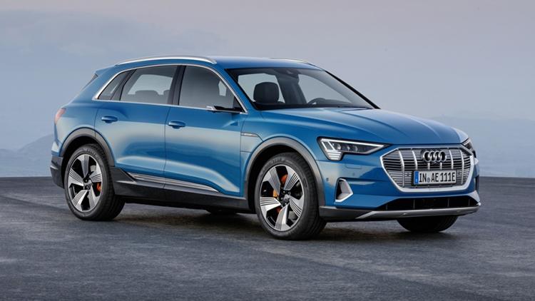 借助这款新车,奥迪向高端电动汽车市场发起冲击,试图从特斯拉