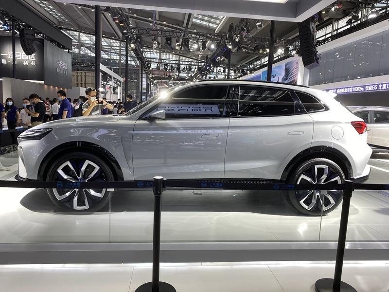 搭载5G技术 L3级自动驾驶系统 上汽荣威MARVEL-R首发亮相