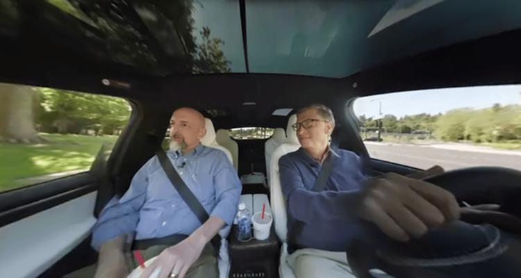 比尔·盖茨驾驶特斯拉Model X